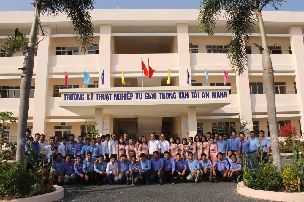 Trường Kỹ thuật nghiệp vụ giao thông vận tải An Giang